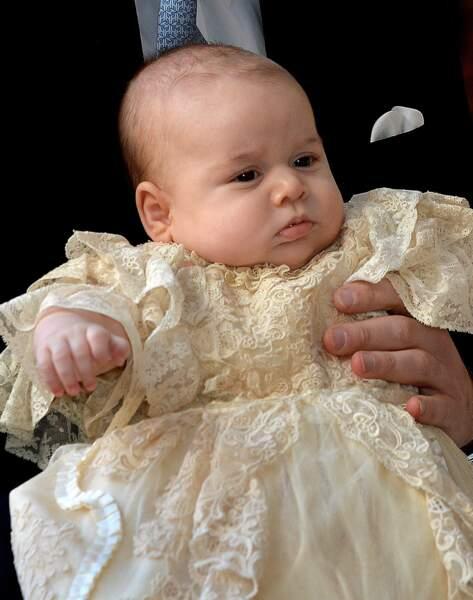 Anniversaire du Prince George - A tout juste 3 mois le bébé joufflu est trop mignon