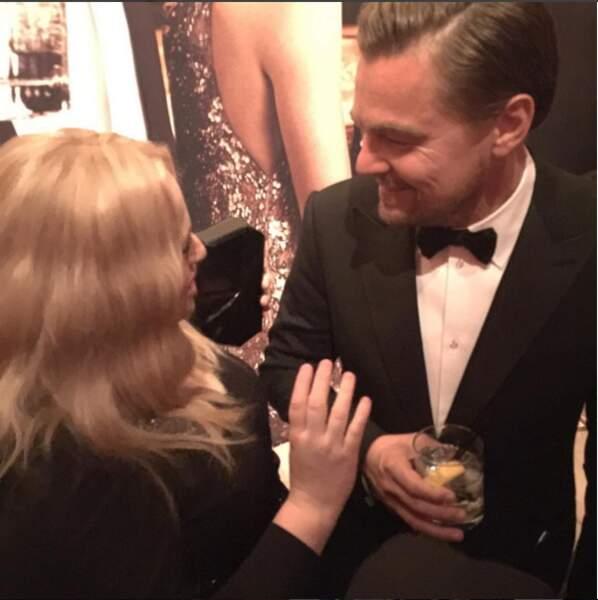 Rebel Wilson et Leonardo DiCaprio : elle aussi est hypnotisée par le grand magnétiseur !