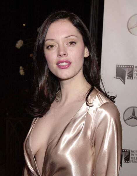 Ces stars qui ont VRAIMENT abusé de la chirurgie esthétique : Rose McGowan avant
