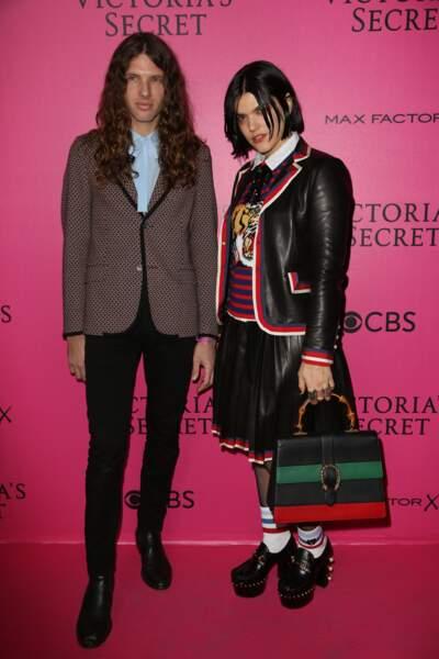Défilé Victoria's Secret : Soko et son frère Maxime
