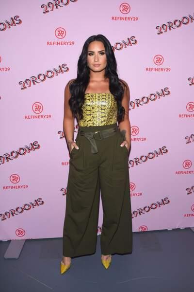 Do : Demi Lovato craque aussi pour les pièces tendances comme l'imprimé python