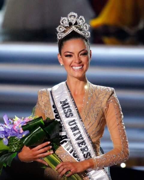 Demi-Leigh Nel-Peters est devenue Miss Univers 2017
