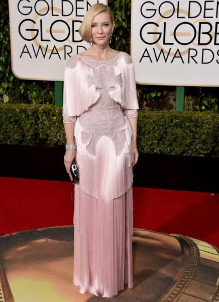 """Cate Blanchett """"On dirait une vieille lampe de chevet dans un saloon du grand ouest..."""""""