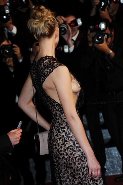 Festival de Cannes, les accidents de tenue les plus sexy - Gaia Weiss, profil numéro 2