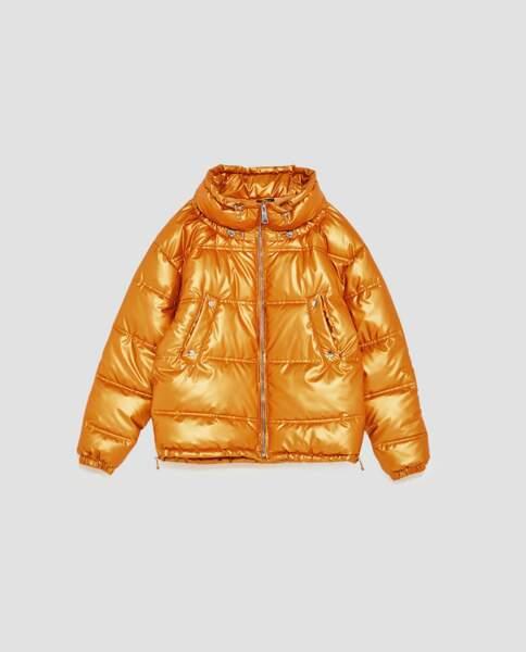 Sélection doudoune : Zara, doudoune orange métallisé 69,95 euros