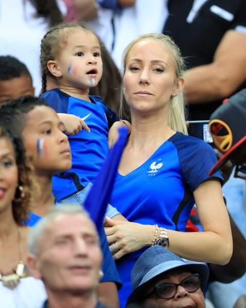 Sandra Evra, la femme de Patrice Evra, avec sa fille dans les bras