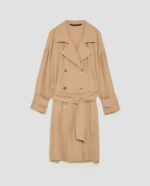 Zara : Robe trench oversize, 29,99 euros au lieu de 59,95 euros