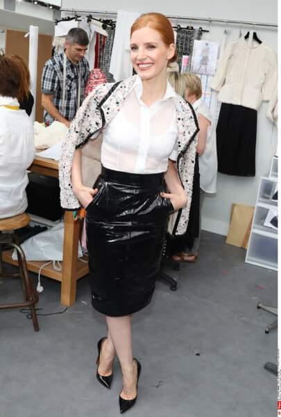 Défilé Chanel Haute Couture : Jessica Chastain sans ses lunettes