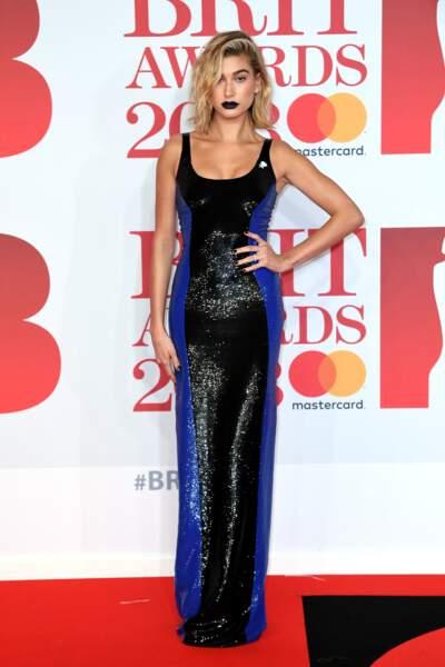 Hailey Baldwin aux Brit Awards 2018, le 21 février à Londres