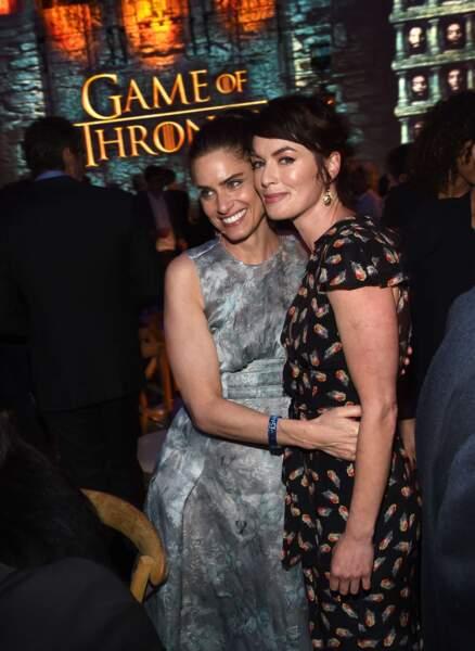 Amanda Peet et Lena Headey très proches