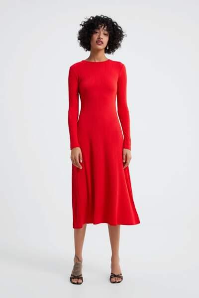 Robe midi, Zara, 19,95€