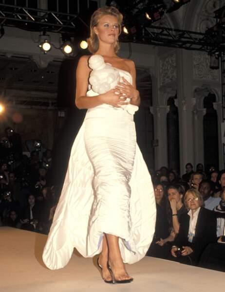 Eva Herzigova en 1994