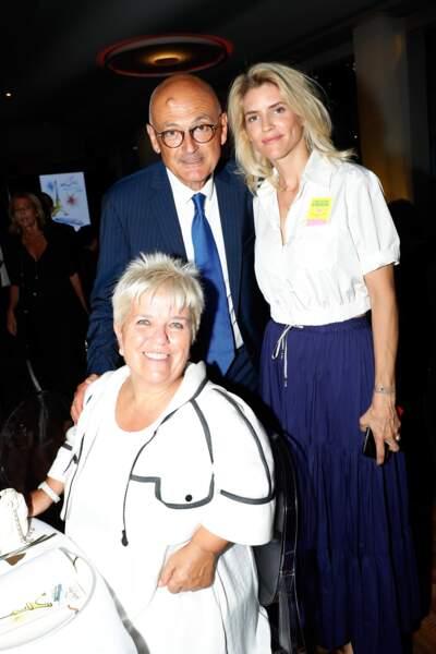 Et revoilà Alice Taglioni avec Mimie Mathy et son mari, Benoist Gérard