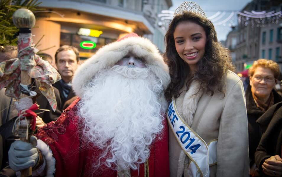 Le Père Noël est même descendu du Pôle Nord ! Il était temps, il commençait à avoir des engelures !