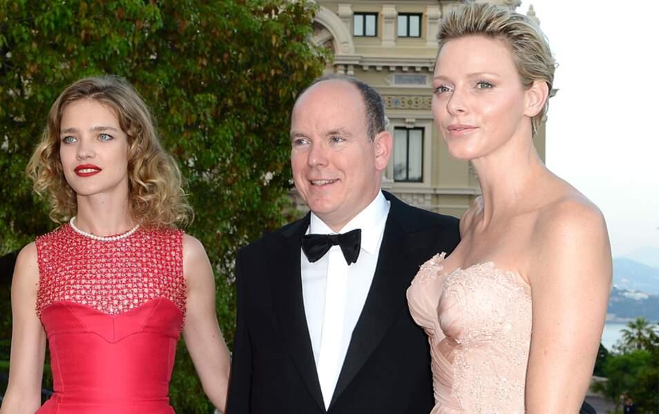 Organisatrice d ela soirée, Natalia Vodiaova brille aux côtés du couple princier