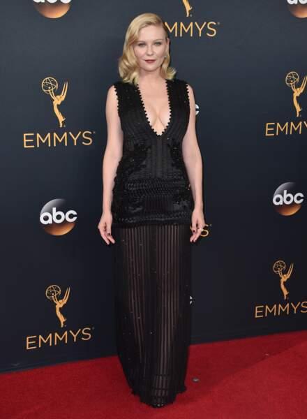 Emmy Awards 2016 : Kirsten Dunst en Givenchy