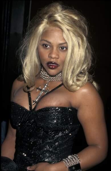 Ces stars qui ont VRAIMENT abusé de la chirurgie esthétique : Lil Kim avant