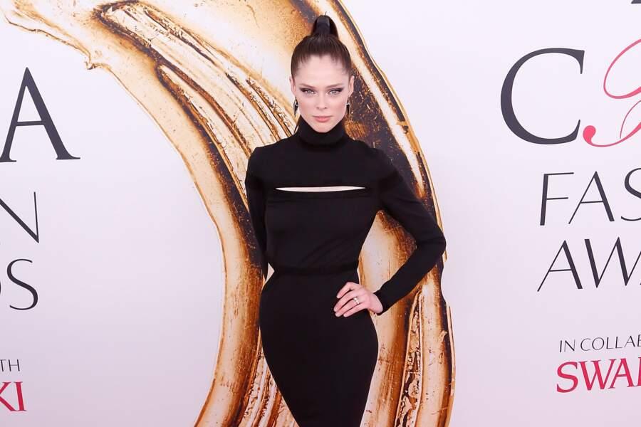 CFDA Fashion Awards : Coco Rocha qui nous a fait croire qu'elle n'avait plus de bras droit