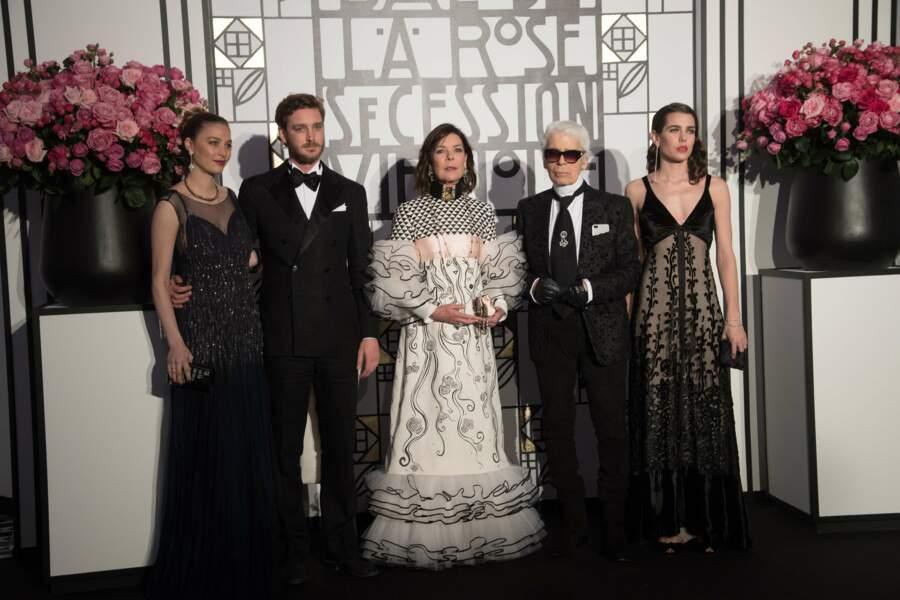 Beatrice Borromeo, Pierre Casiraghi, Caroline de Monaco, Karl Lagerfeld et Charlotte Casiraghi