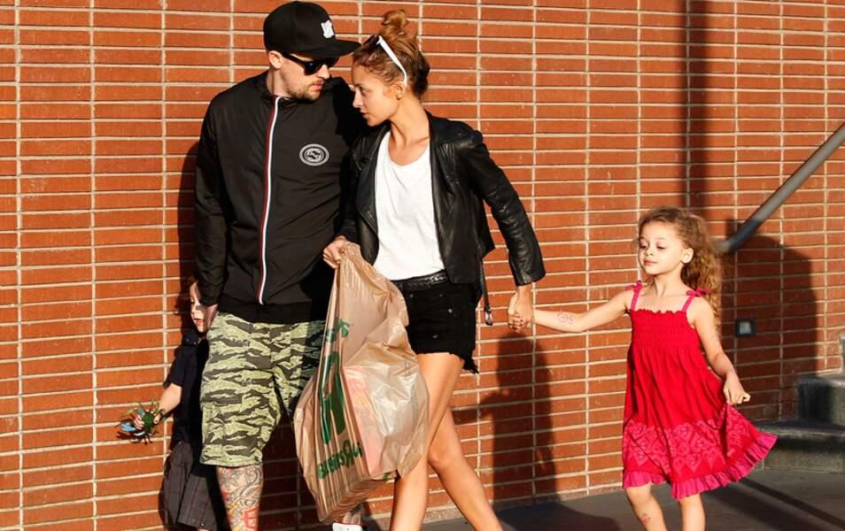 Joel Madden et son fils Sparrow, Nicole Richie et de la petite Harlow