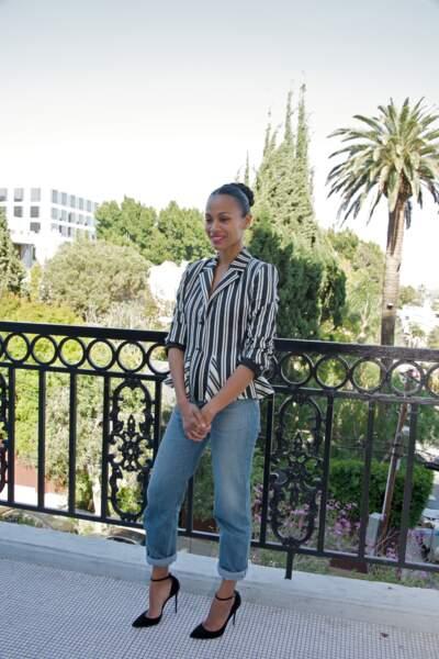 Zoe Saldana a 40 ans : en jean mom