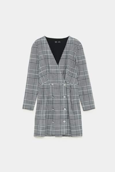 Robe portefeuille à carreaux, Zara, 39,95€
