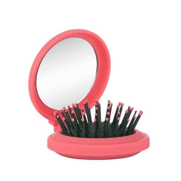 Mini brosse à cheveux pliable. Nocibé, actuellement à 3,46 €