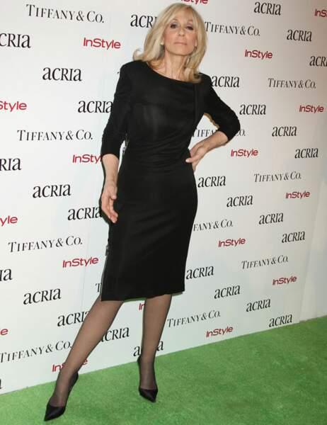 Judith Light, la Madame est servie, a choisi un classique : la petite robe noire