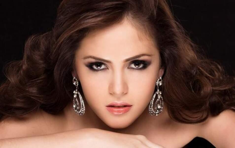 Miss Equateur Laritza Parraga, 20 ans, 1m70