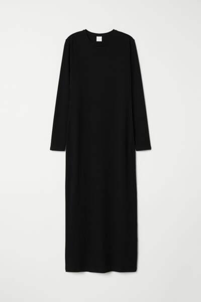 Longue robe pull en jersey, H&M, actuellement à 9,99€
