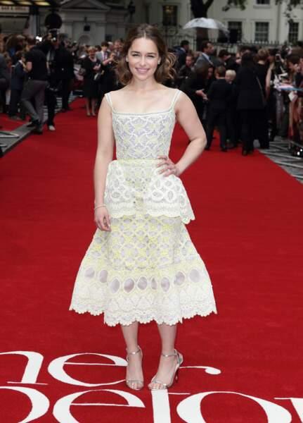 Game of Thrones - les looks d'Emilia Clarke (Daenerys) dans la vraie vie