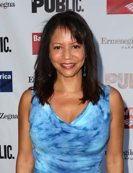 Ensuite, elle a joué dans de nombreuses séries avant de retrouver Noah Wyle dans Falling Skies
