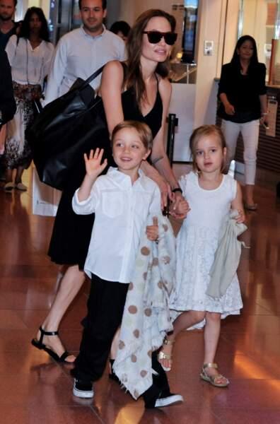 Ces stars parents de jumeaux : Knox et Vivienne sont nés le 12 juillet 2008