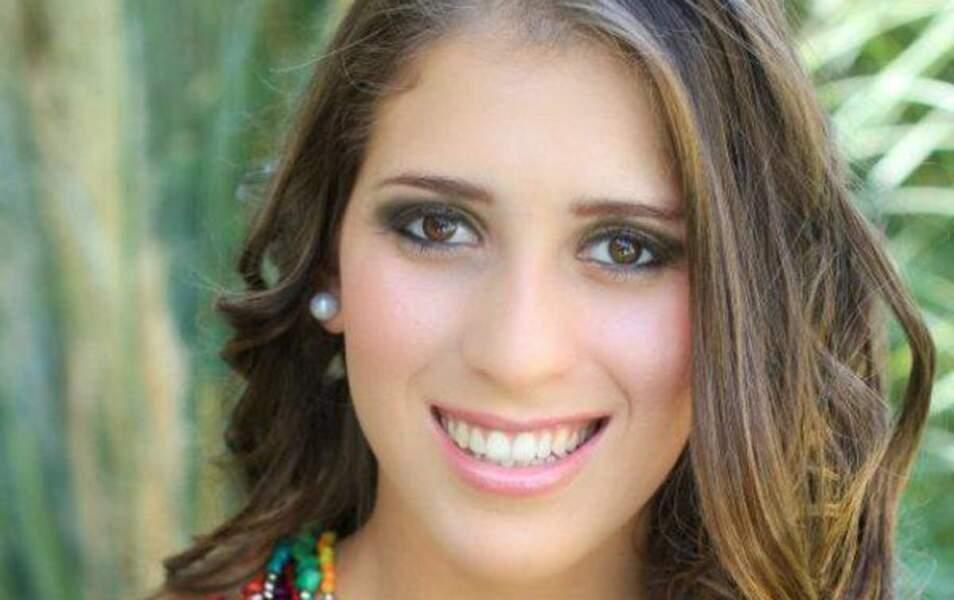 Miss Salvador Paola Vanessa Ayala Hernandez, 18 ans, 1m63