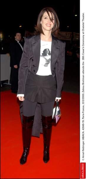 Toujours en 2003, Zabou Breitman avait emprunté la panoplie de D'Artagnan chez Déguisement 3000