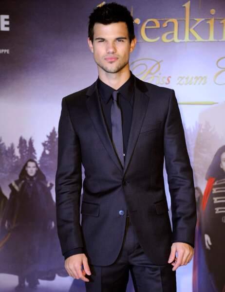 Taylor Lautner a rapporté 29,50 $ pour chaque dollar de salaire versé