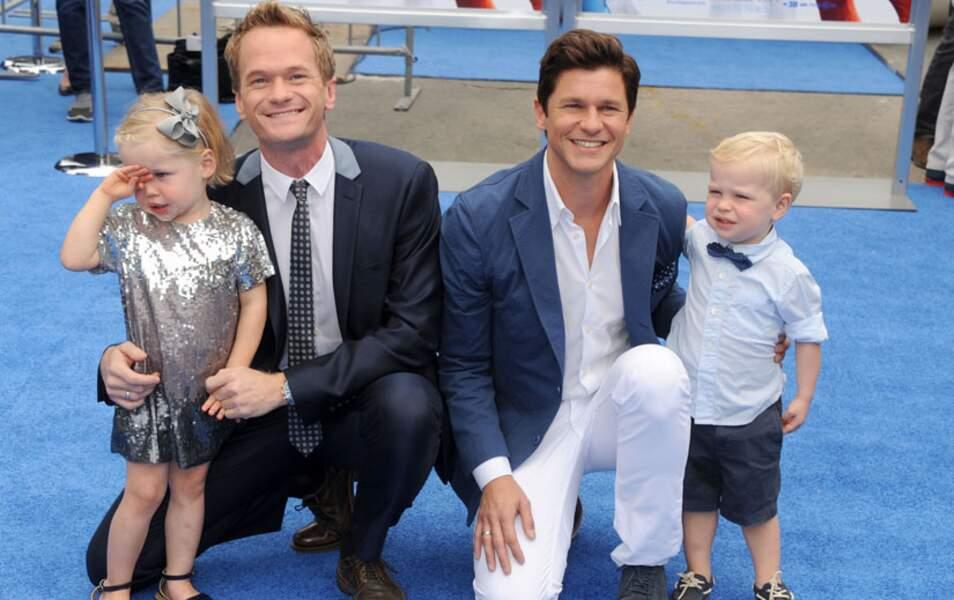 Neil Patrick Harris, son compagnon David Burtka et leurs deux jumeaux Gideon Scott et Harper Grace