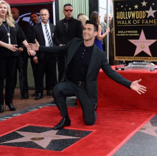 Adam Levine a son étoile sur le célèbre Walk of Fame