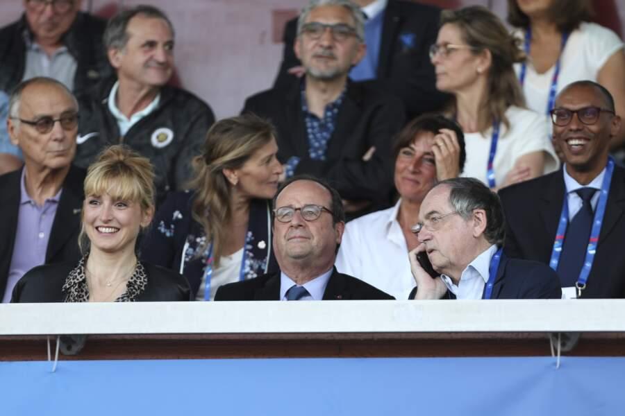 Julie Gayet et François Hollande assistent au match entre la France et la Chine, le 31 mai 2019