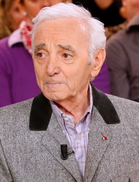 24 - Charles Aznavour, toujours dans la première moitié du classement