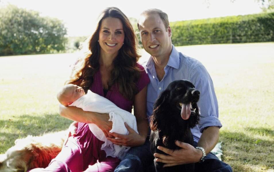 Kate, William, George, Lupo et Tilly (les deux chiens) : la famille de Cambridge au complet !