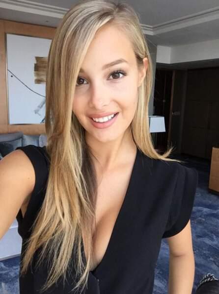 Euro 2016 : voici la très sexy Viktoria Varga, compagne du joueur Graziano Pelle