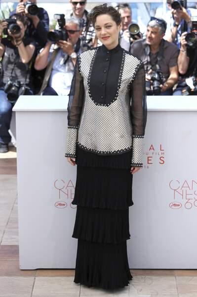 Festival de Cannes 2016 : quand soudain Marion Cotillard est apparue en cote de maille version couture