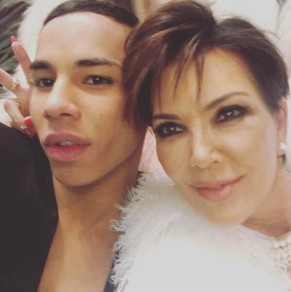 Tandis que Kris Jenner remerciait Olivier Rousteing, DA de Balmain, pour les tenues.