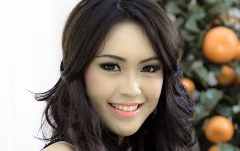 Miss Indonésie Vania Larissa, 17 ans, 1m71