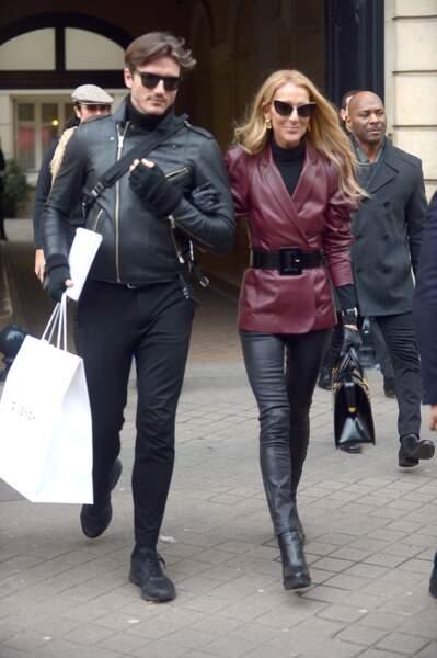 Céline Dion et Pepe Muñoz souriants à la sortie du défilé Givenchy le 24 janvier 2019