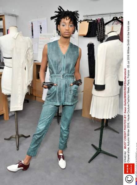 Défilé Chanel Haute Couture : l'égérie Chanel Willow Smith sans son papa