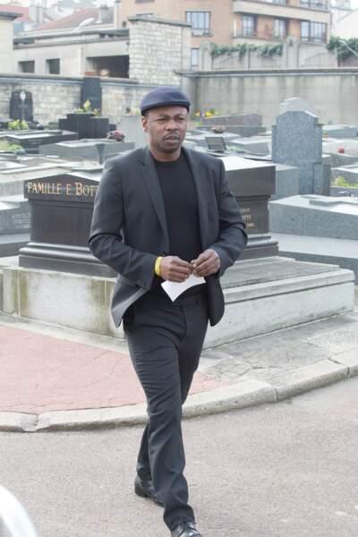 MC Solaar, à l'enterrement de Véronique Colucci au cimetière de Montrouge, le 12 avril 2018