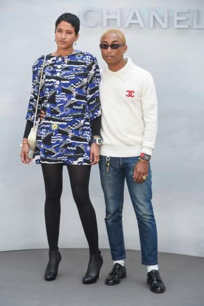 Défilé Chanel : Pharrell Williams et Helen Lasichanh