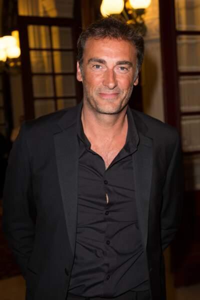 L'humoriste Arnaud Gidoin